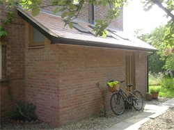 Single storey side extension
